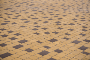 Krasnebruk-trotuarna-plytka